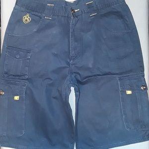 Eight Cargo Shorts Size 38 14 1/2 Inseam